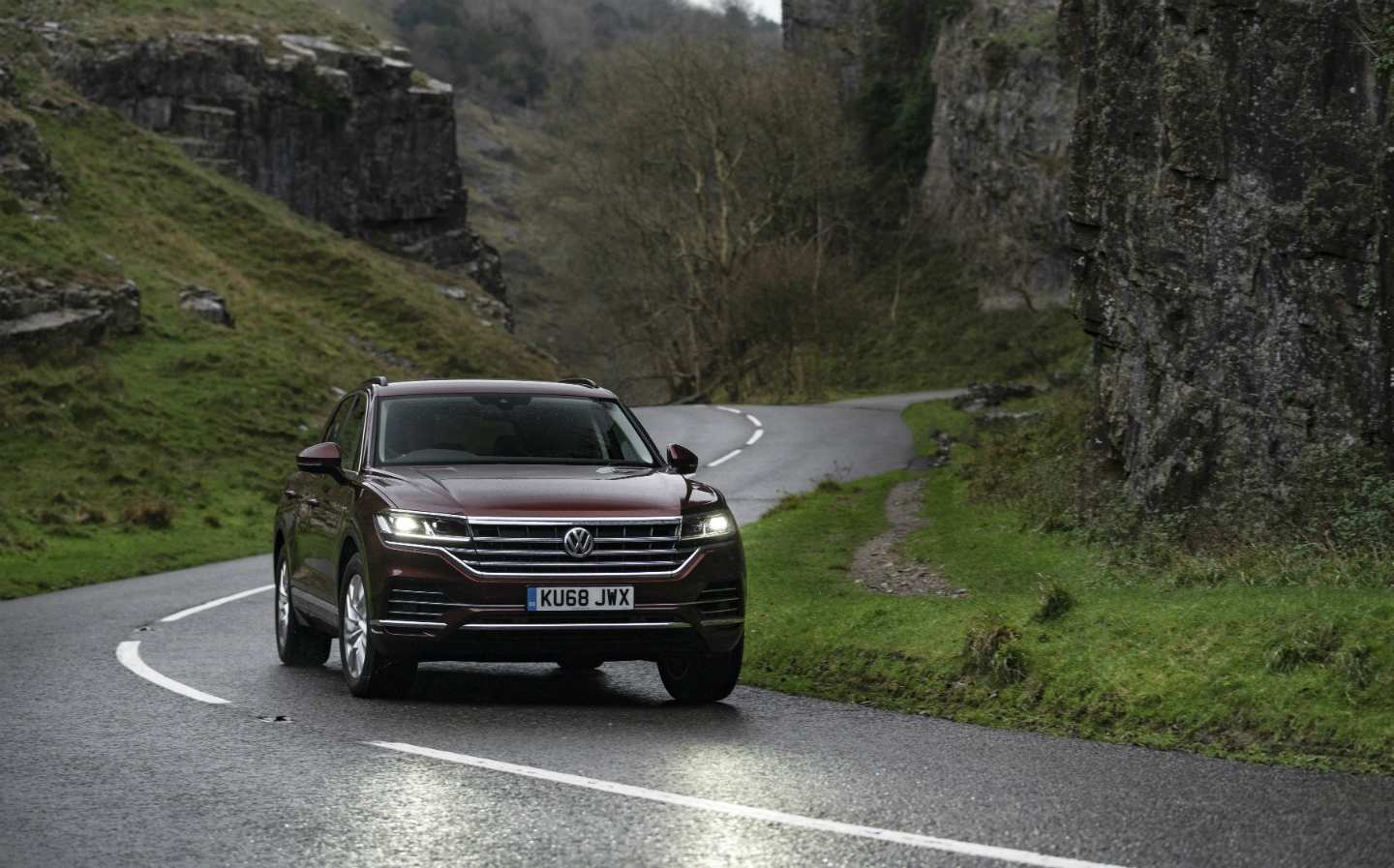 17 A 2019 Volkswagen Touareg New Model And Performance