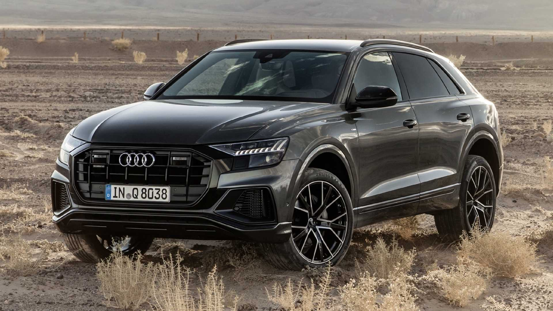 17 A 2020 Audi Q8 Pictures