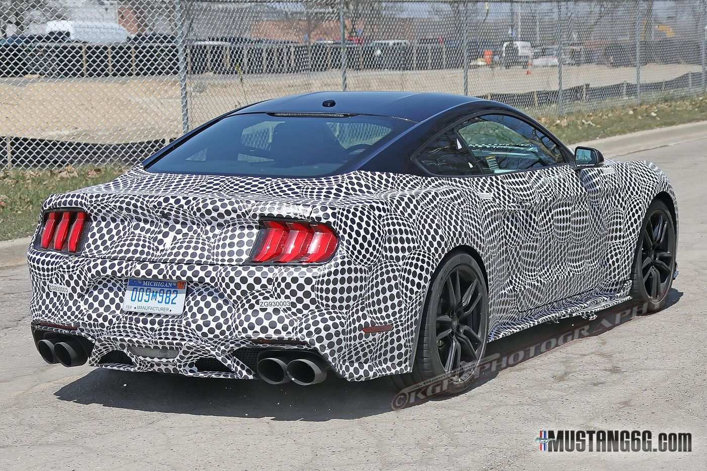 17 Best 2019 The Spy Shots Ford Mustang Svt Gt 500 Release