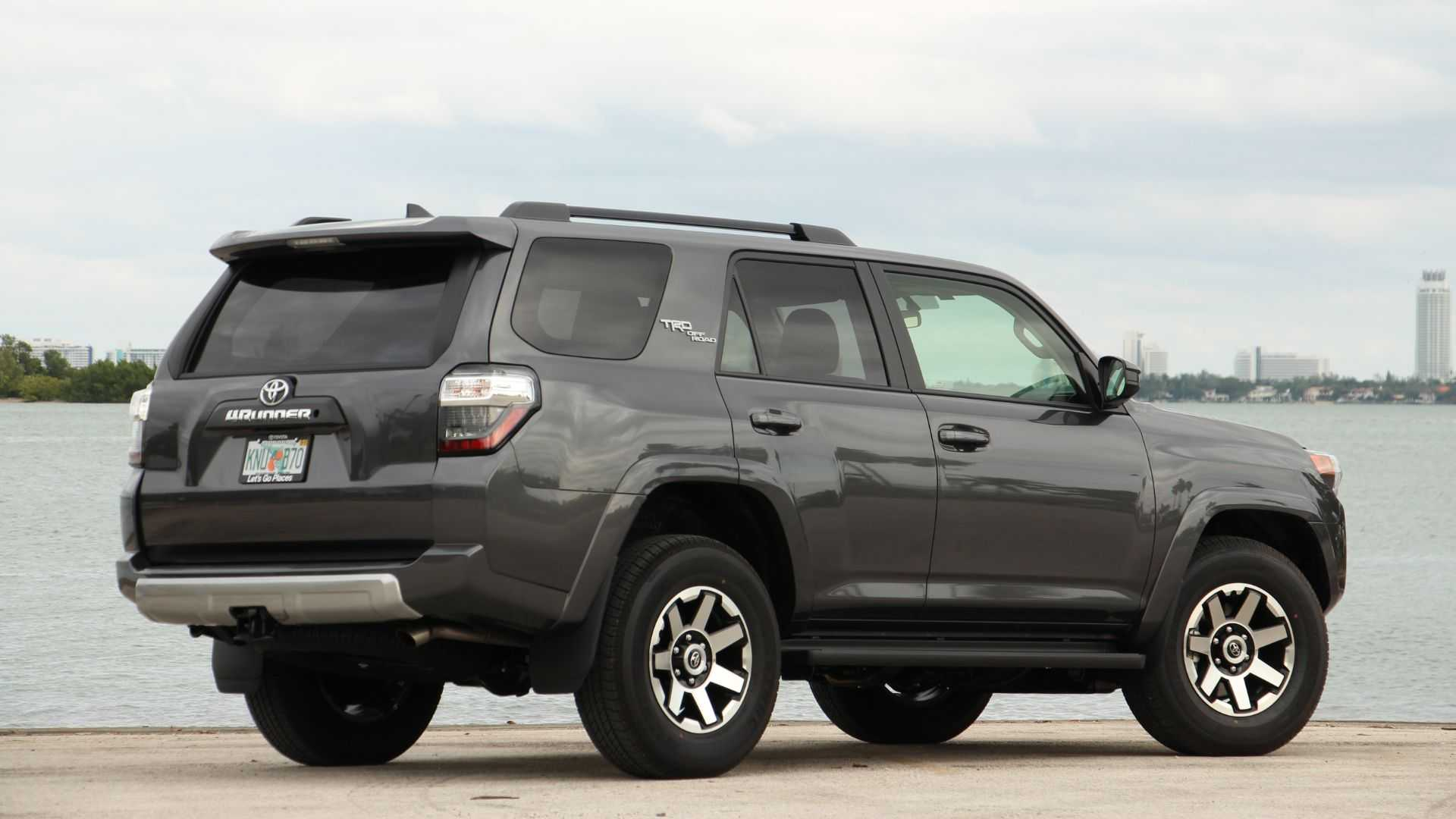 17 New 2019 Toyota 4Runner Engine