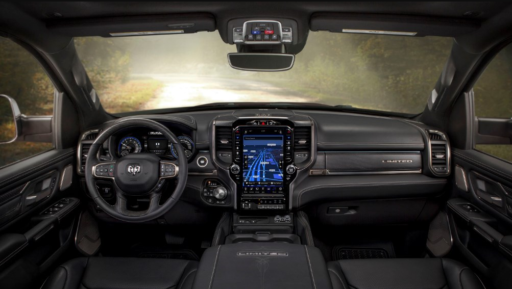 17 The 2020 Dodge Ram 3500 Interior Overview