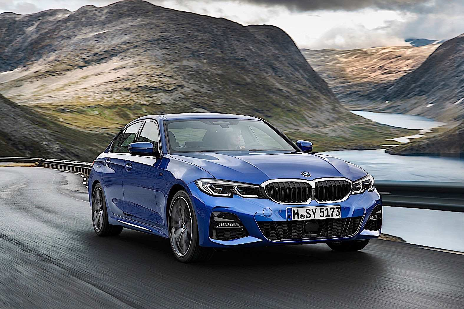18 A 2020 BMW 3 Series Performance And New Engine