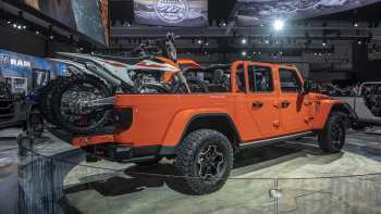 18 A 2020 Jeep Gladiator Fuel Economy Performance And New Engine