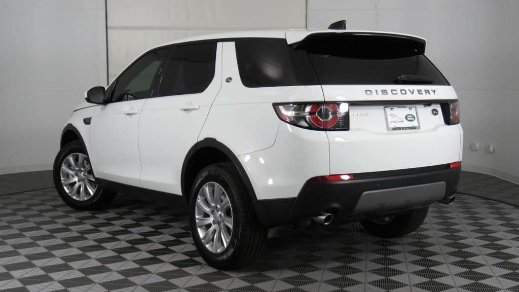 18 New 2019 Land Rover Discovery Sport Model