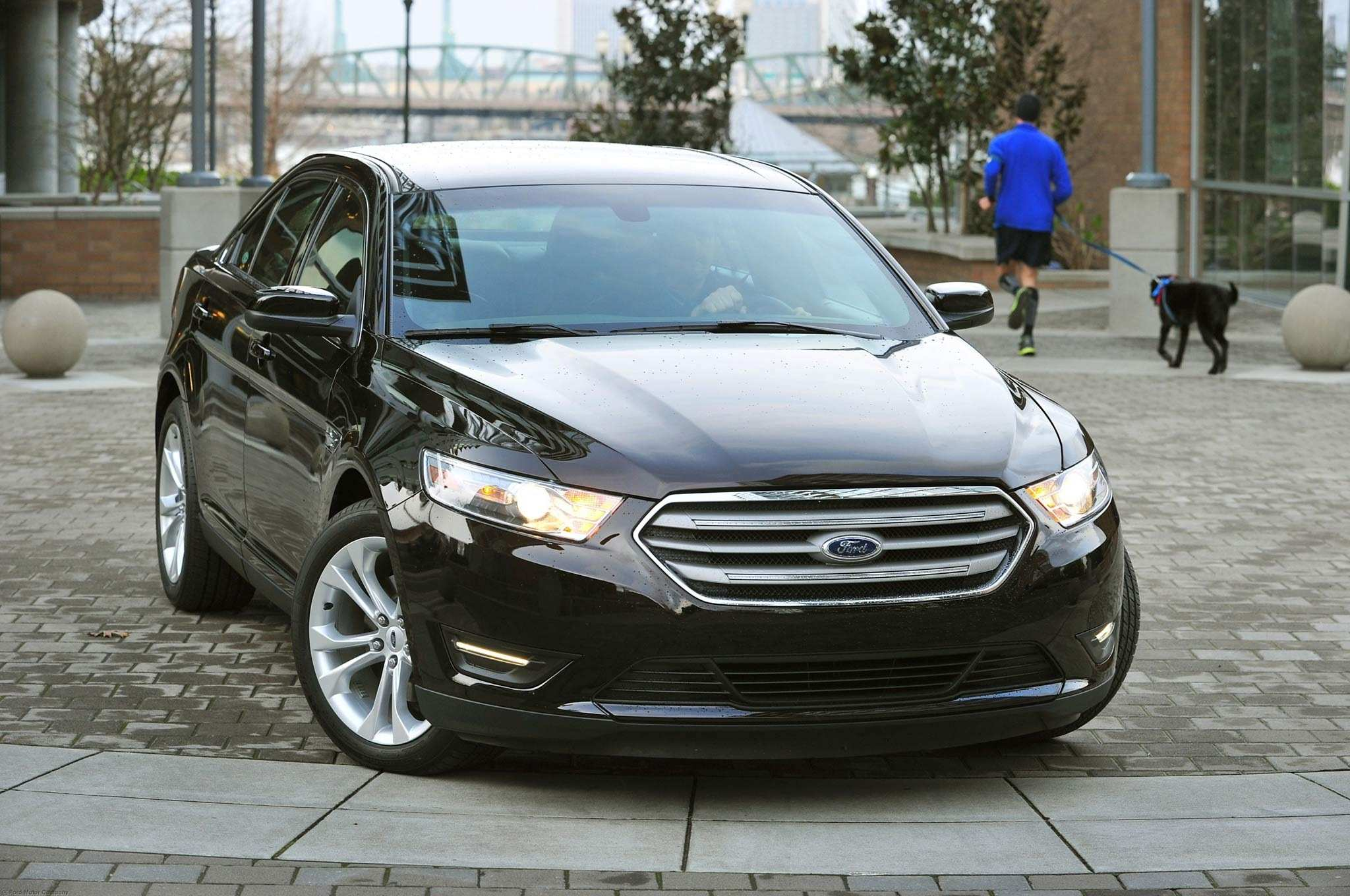 18 The 2019 Ford Taurus Spy Photos