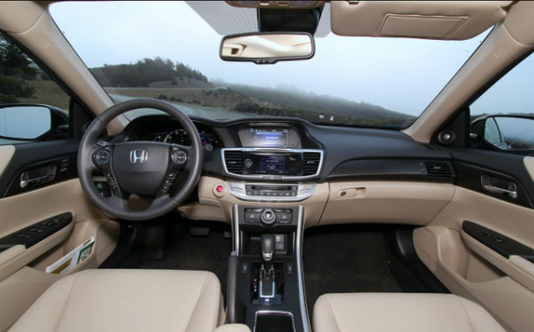 18 The 2020 Honda Accord Interior Performance