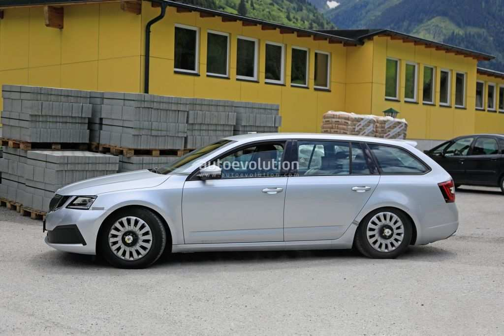 18 The Best 2020 Skoda Roomster Photos