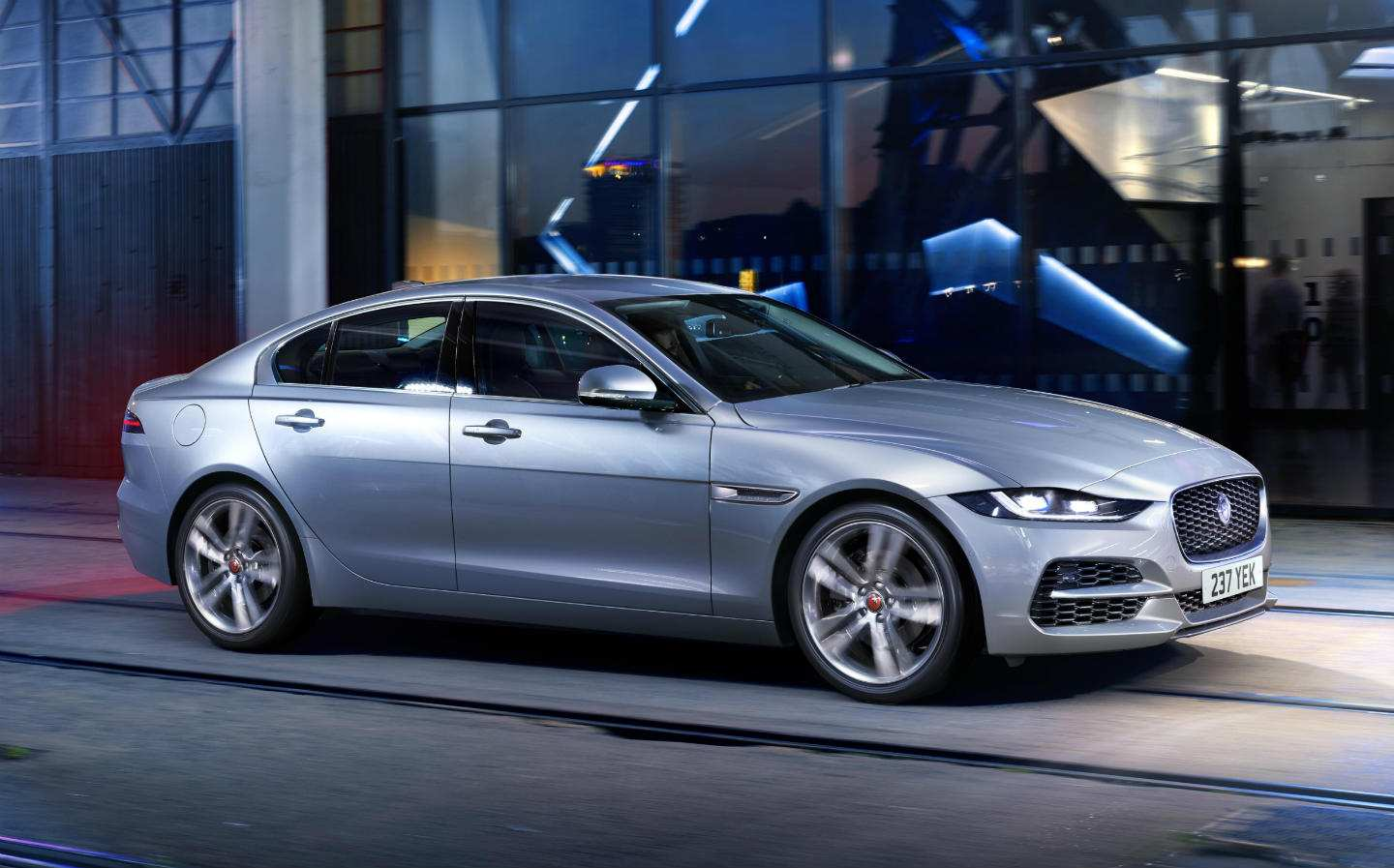 18 The Jaguar Xe 2019 Redesign And Concept