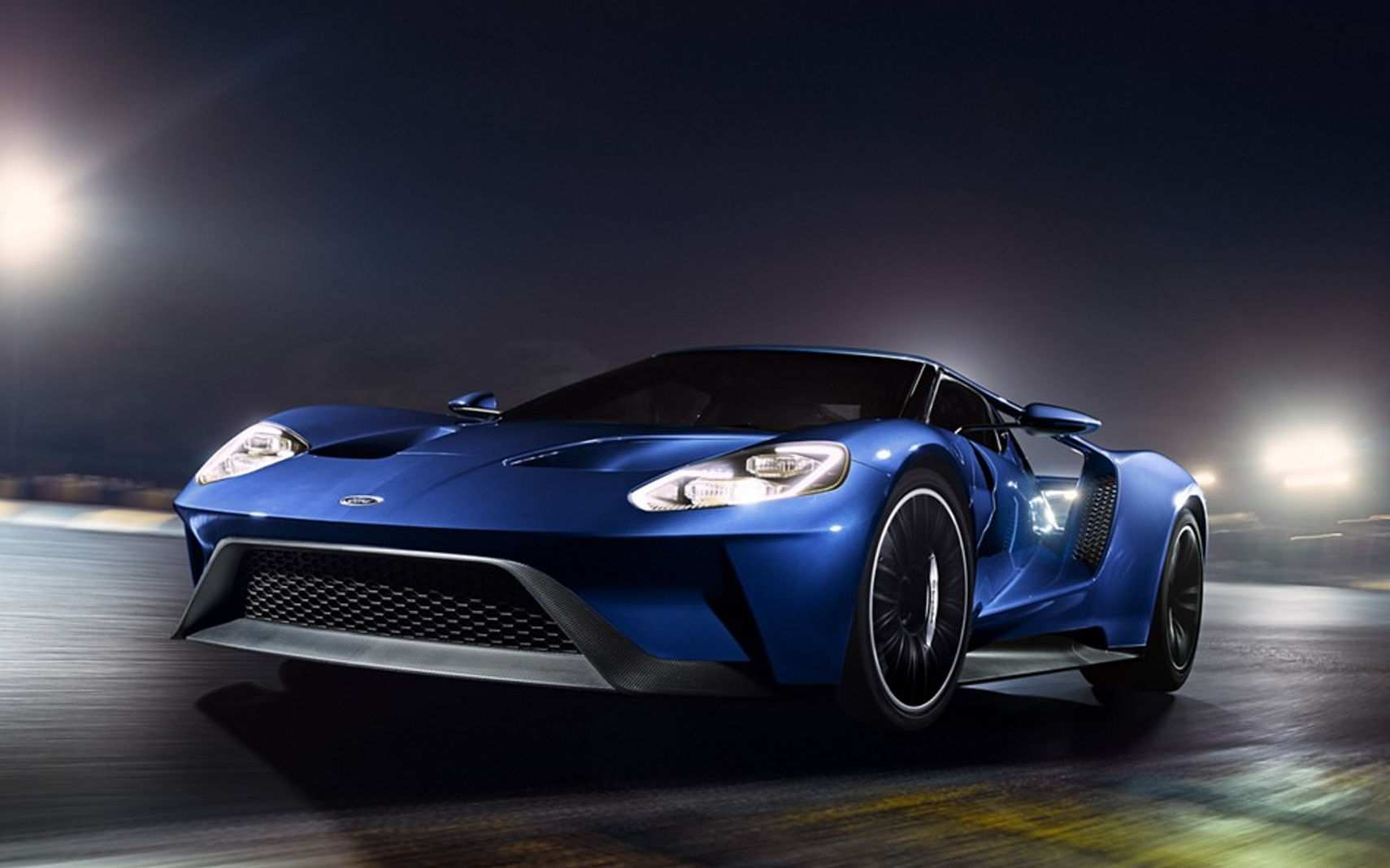 19 A 2019 Ford GT First Drive