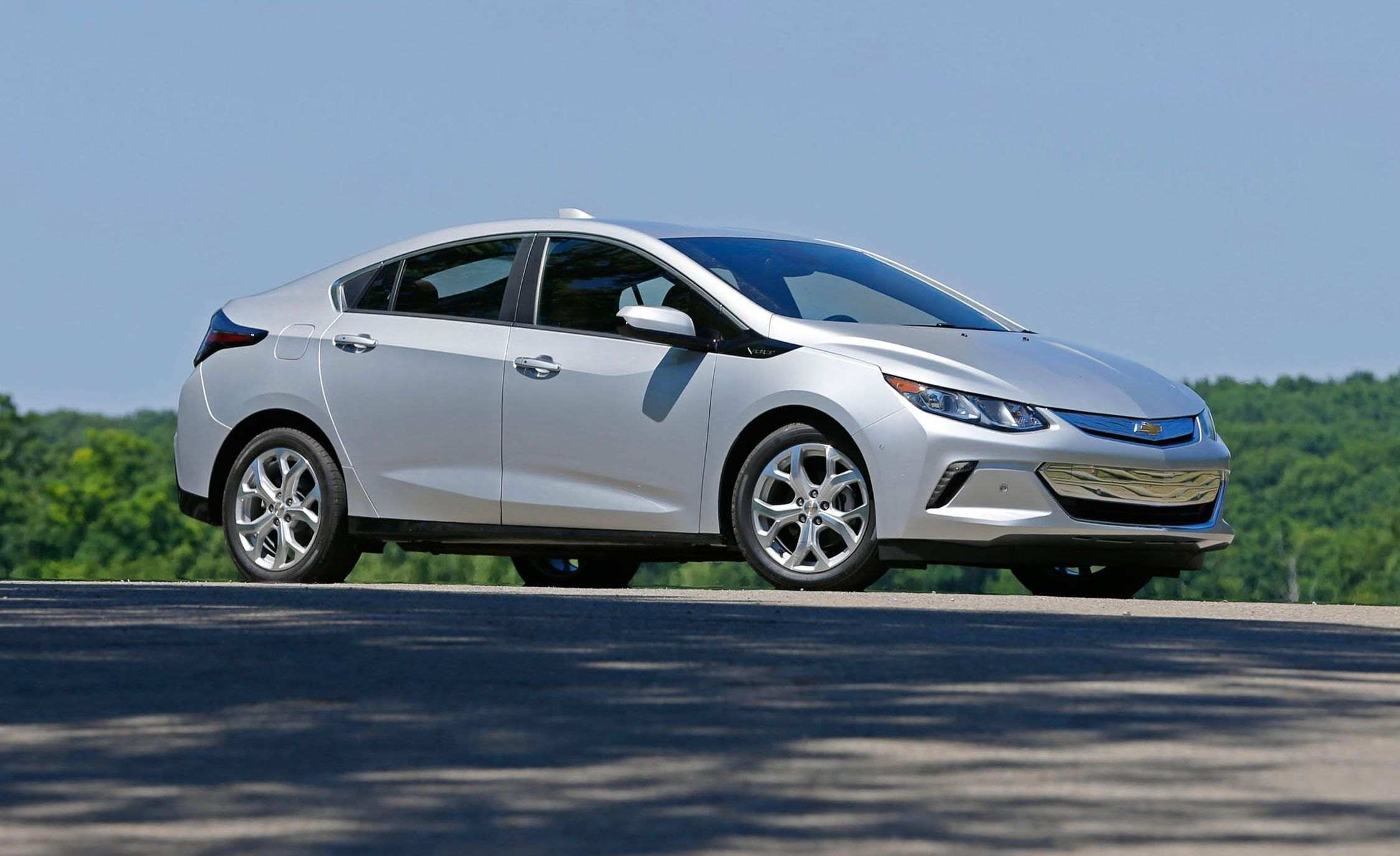19 A 2020 Chevrolet Volt Review And Release Date