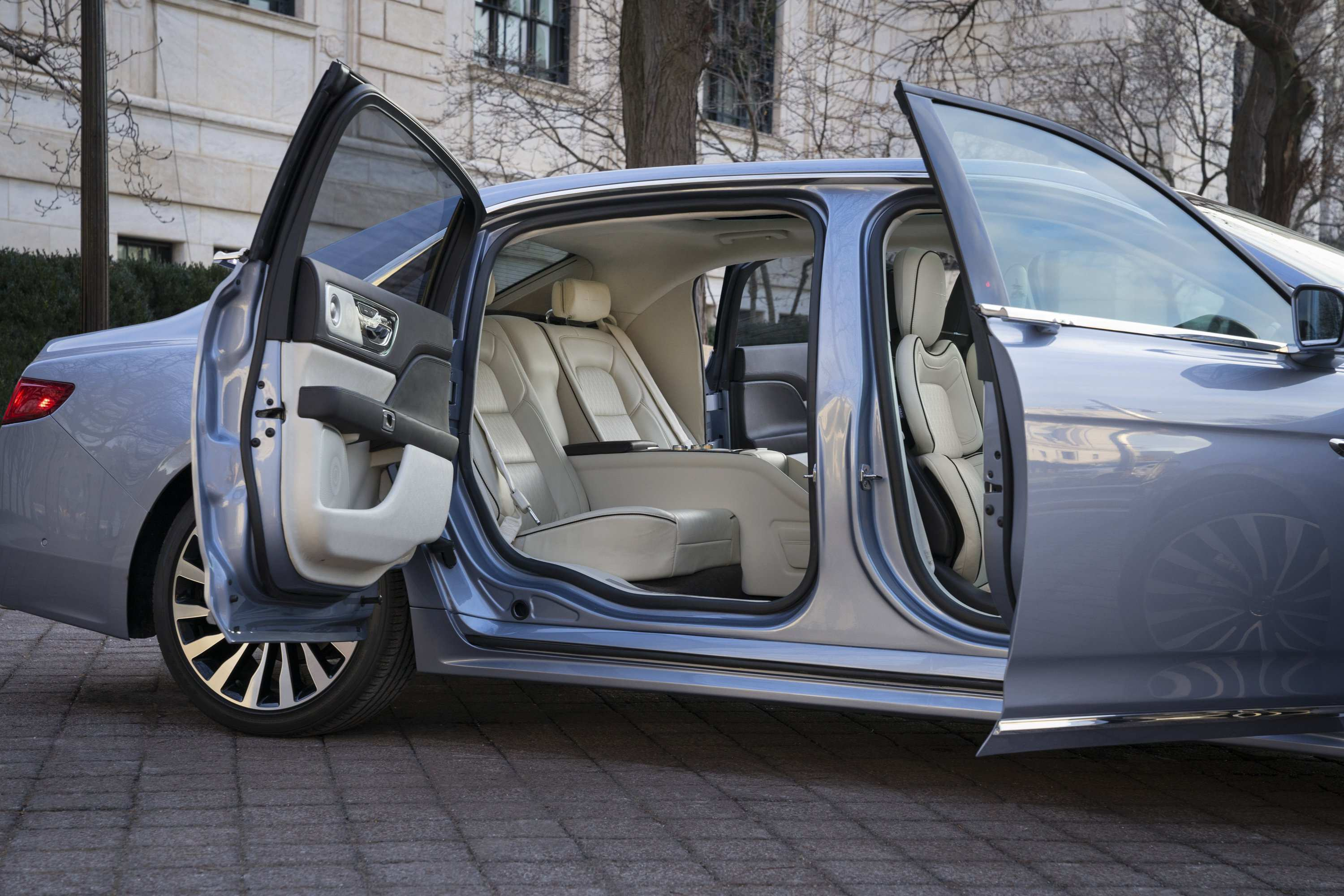 19 All New 2019 Lincoln Town Spy Shoot