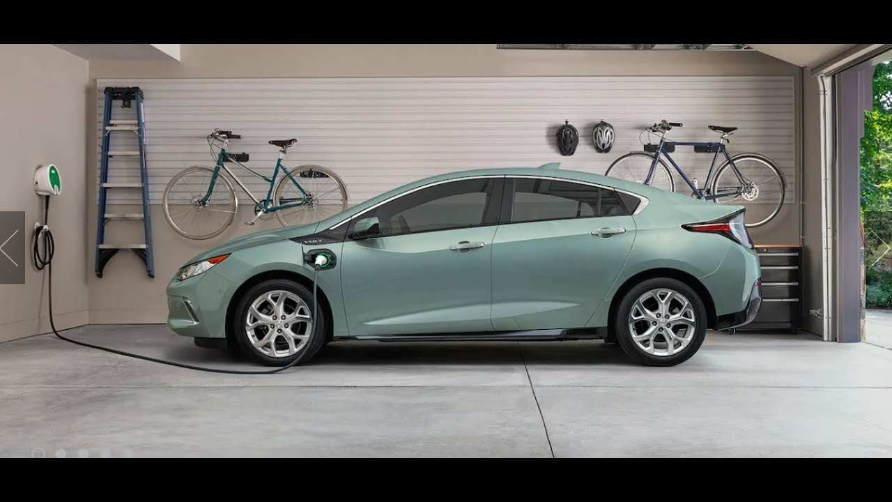 21 A 2019 Chevy Volt Overview