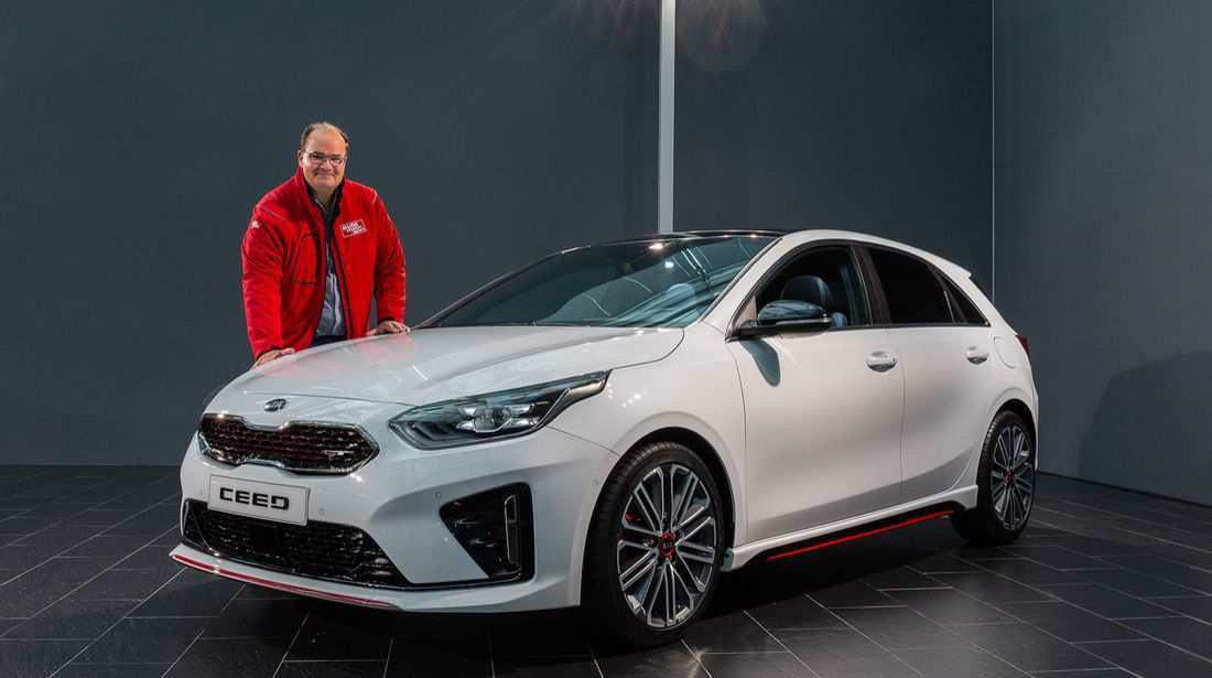 21 A Kia Ceed Gt 2019 Picture