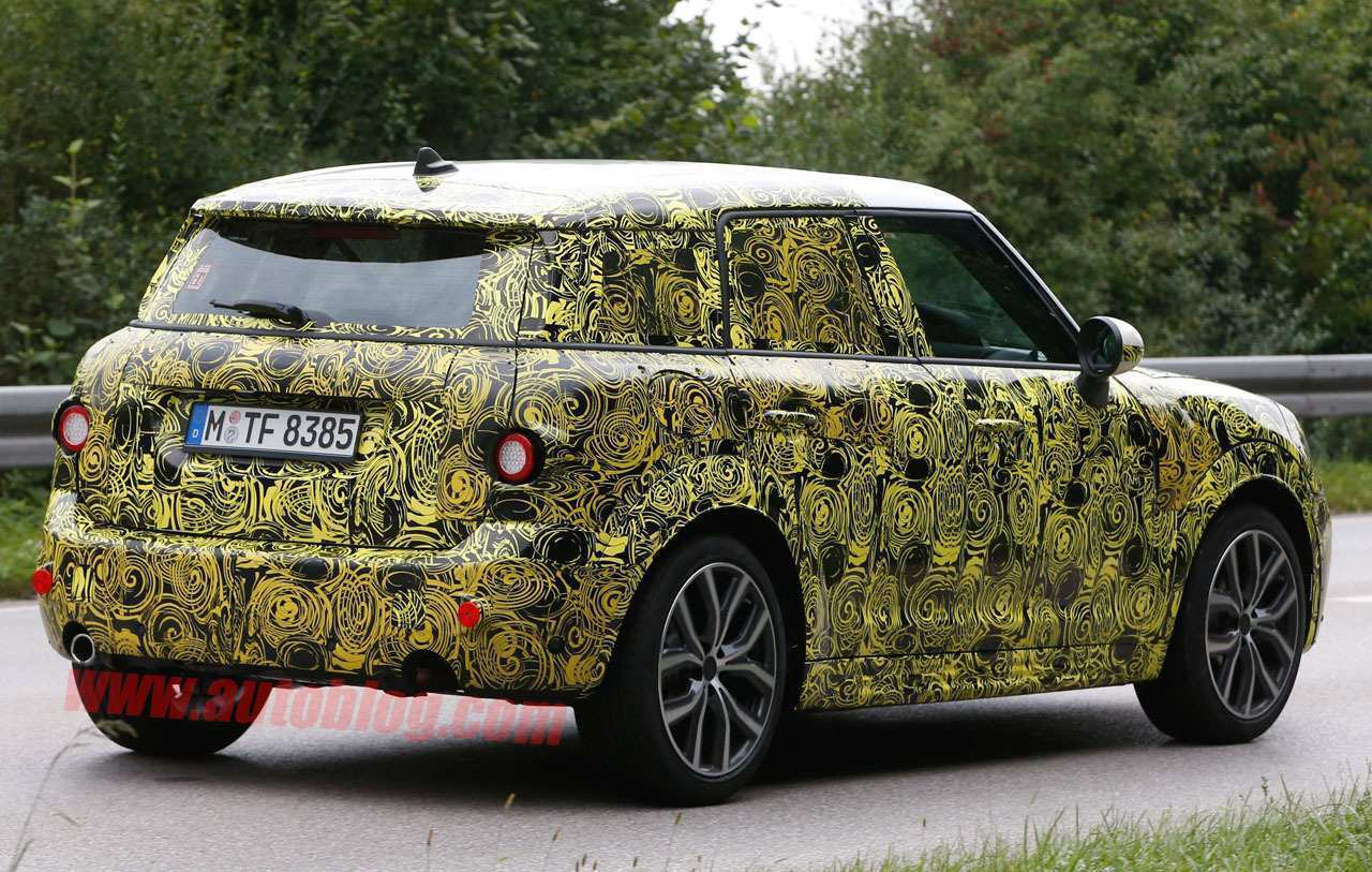 21 A Spy Shots Mini Countryman Model