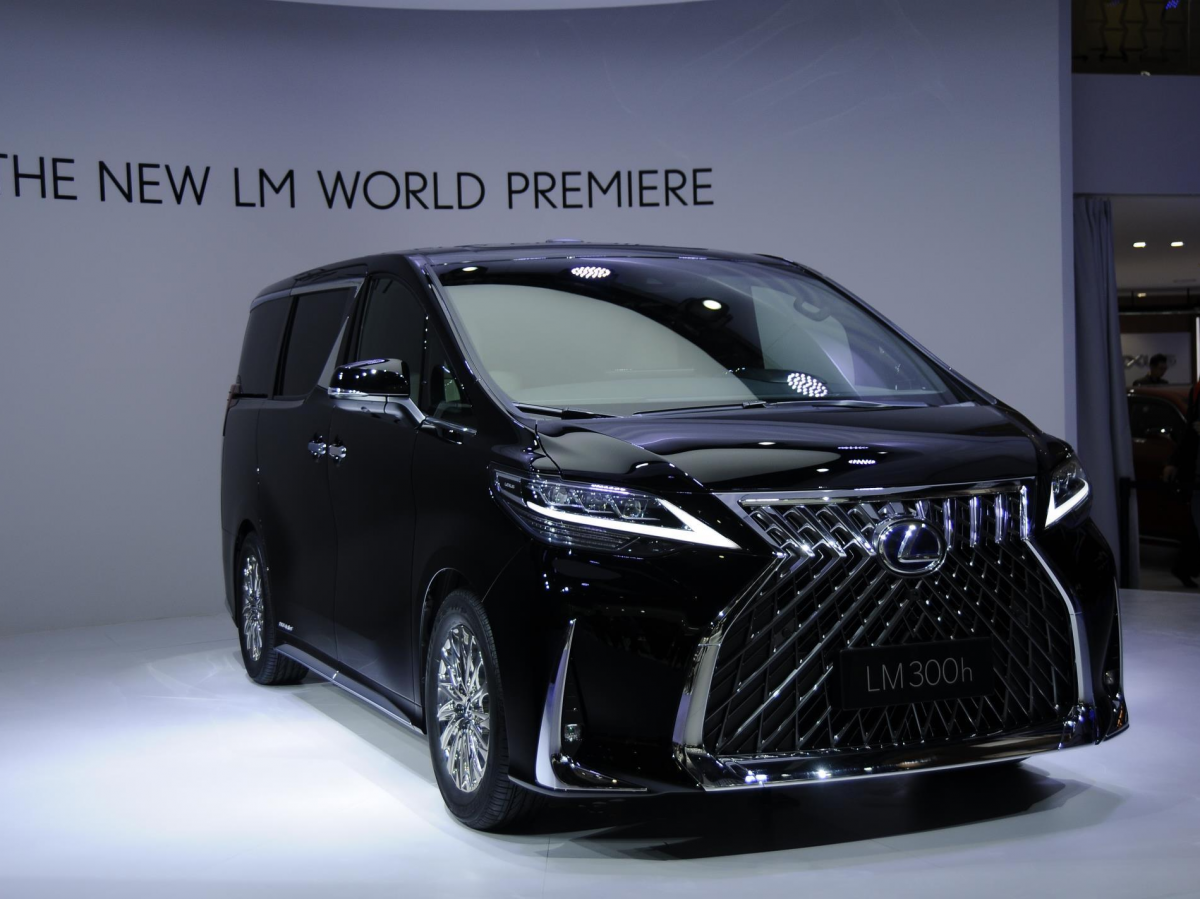 21 The 2019 Lexus Minivan Performance