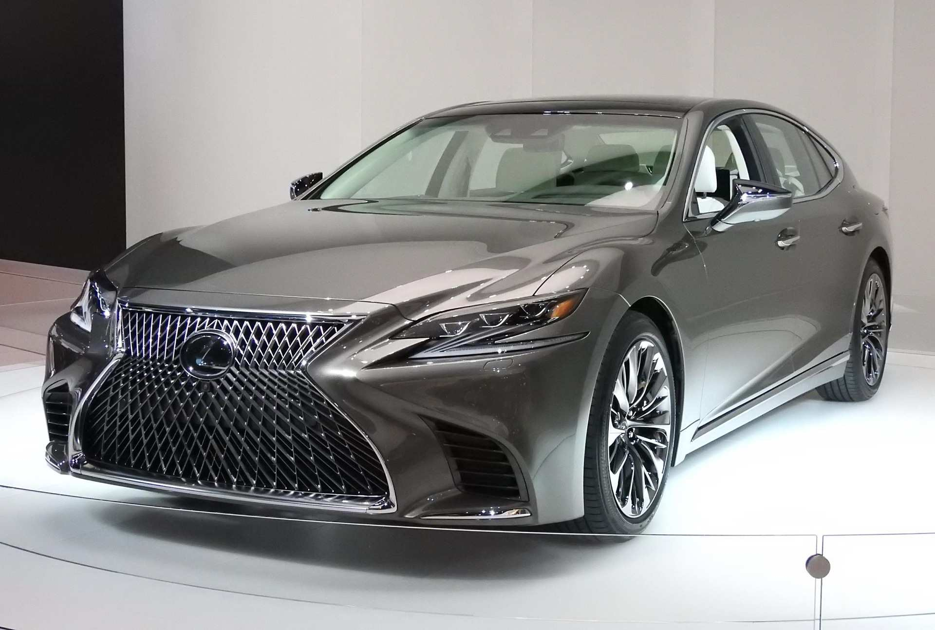 21 The 2020 Lexus Ls 460 Concept