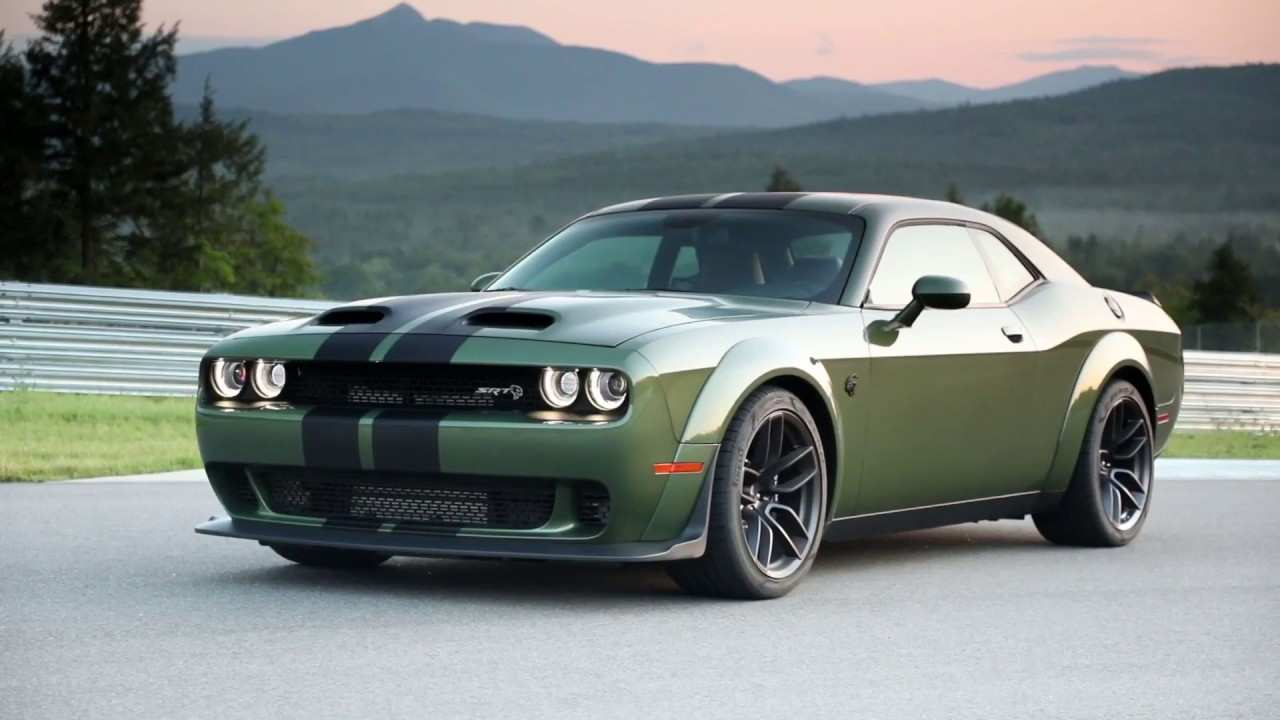 22 A 2019 Dodge Challenger Srt Overview