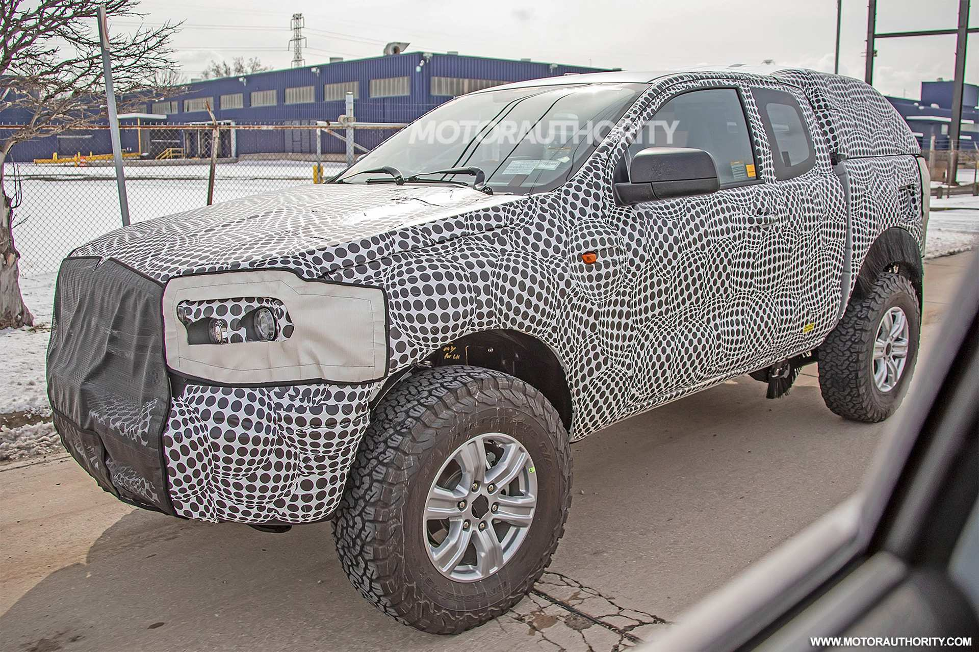 22 A Ford Bronco 2020 Spy Photos Concept
