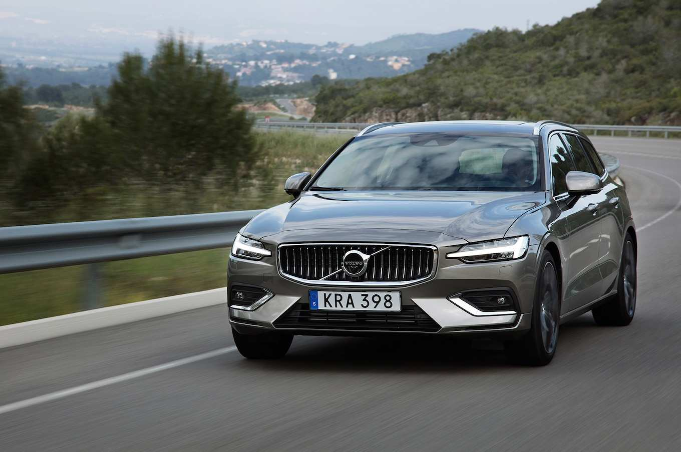 22 All New Volvo V60 2019 Spy Shoot
