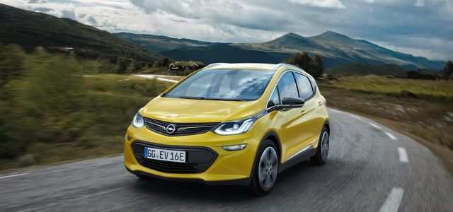 22 The 2019 Opel Ampera Photos