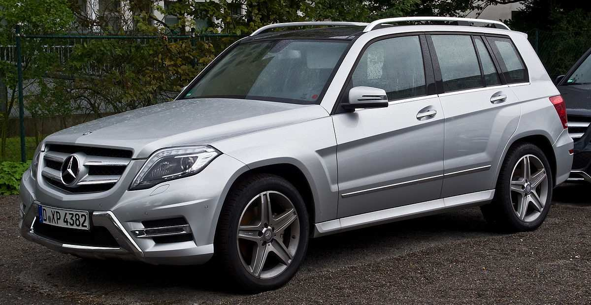 23 A 2020 Mercedes Benz GLK Speed Test