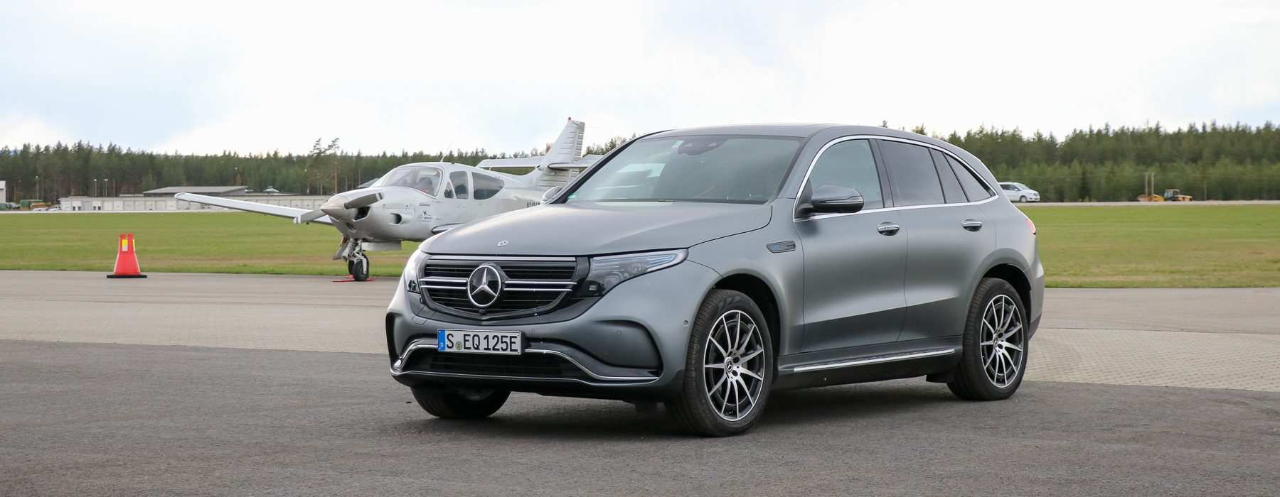 23 A Mercedes Benz Eqc 2019 Review