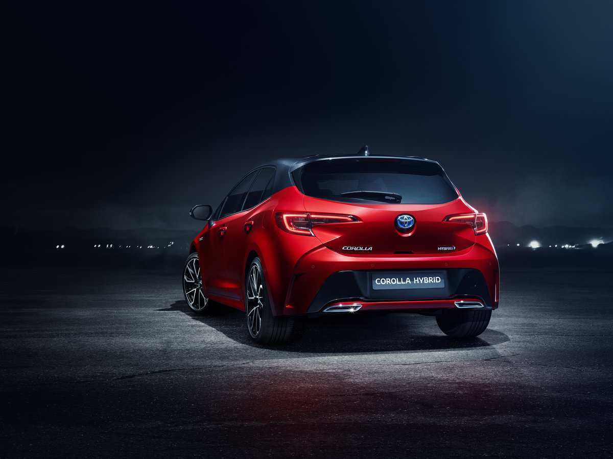 23 All New 2019 Toyota Auris Picture