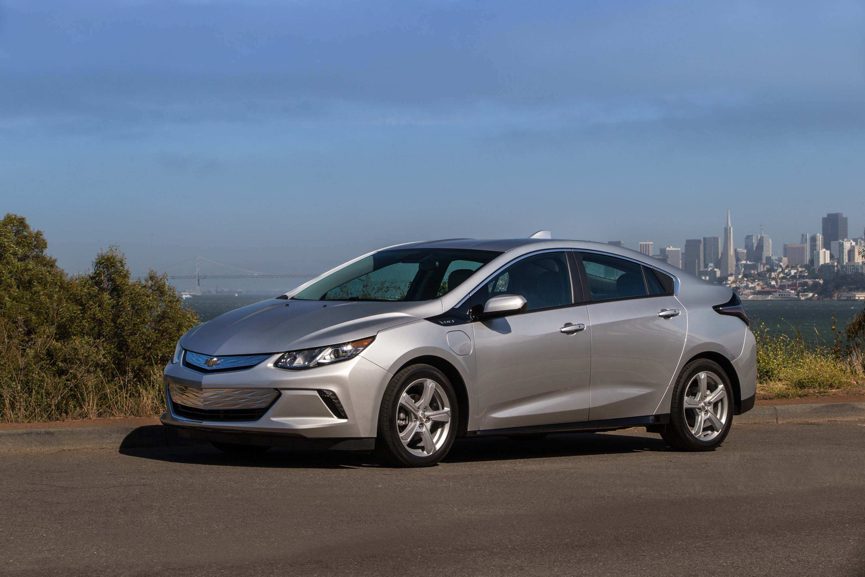 23 New 2019 Chevy Volt Configurations