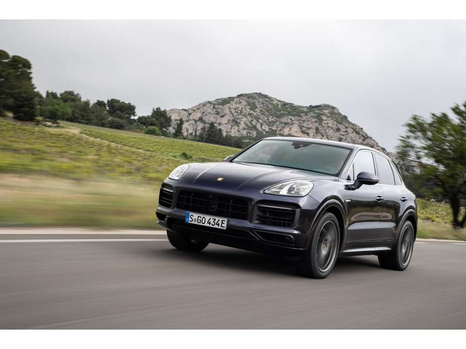 23 New 2019 Porsche Cayenne Model New Model And Performance