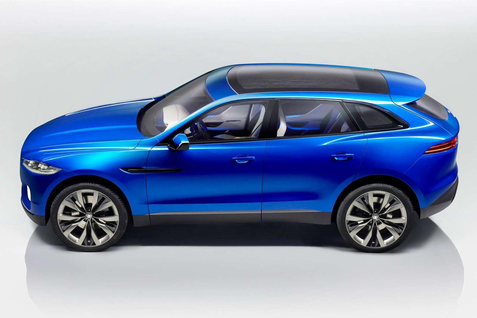 23 The 2019 Jaguar C X17 Crossover Concept
