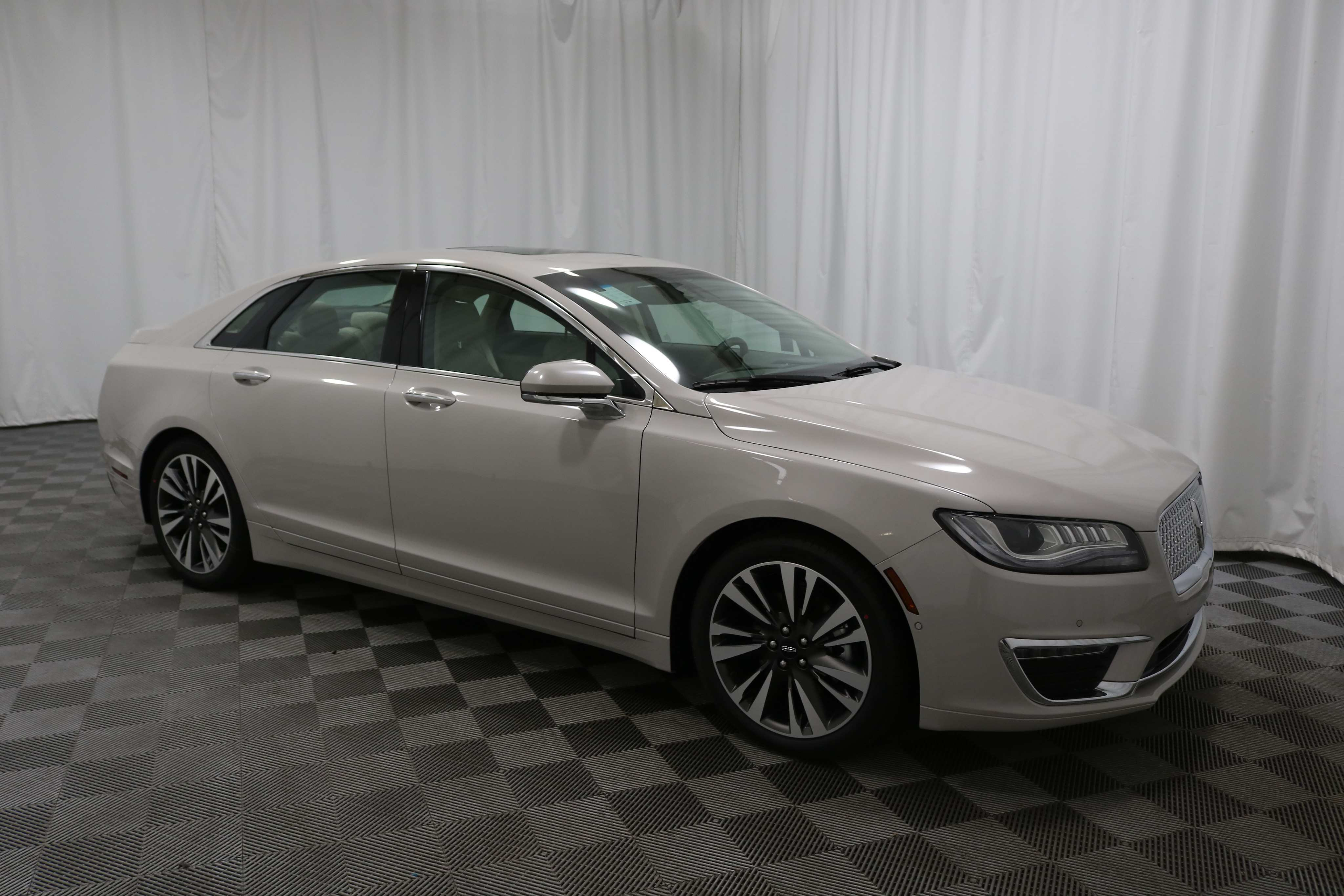 23 The 2019 Lincoln MKZ Model
