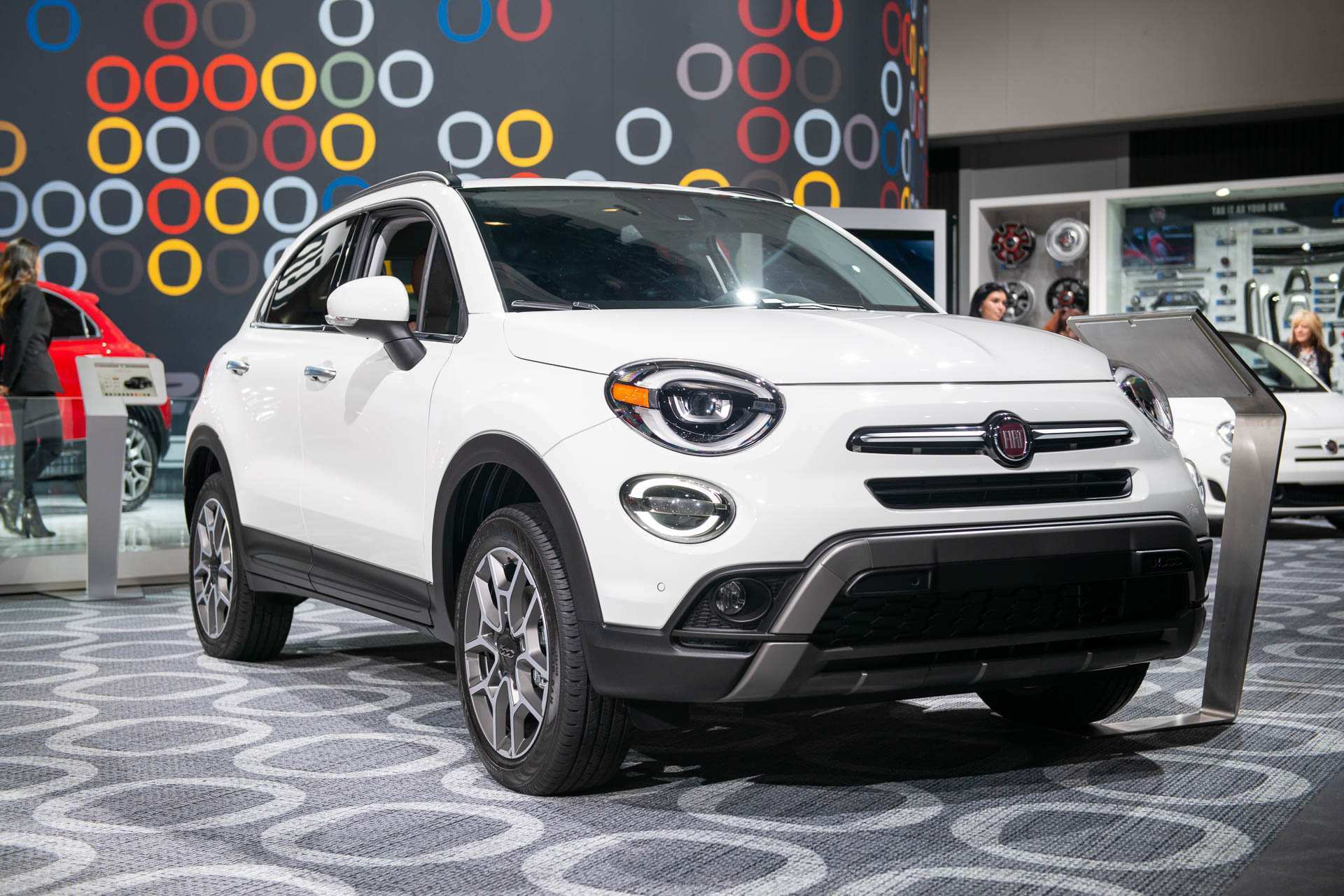 23 The 2020 Fiat 500X Images