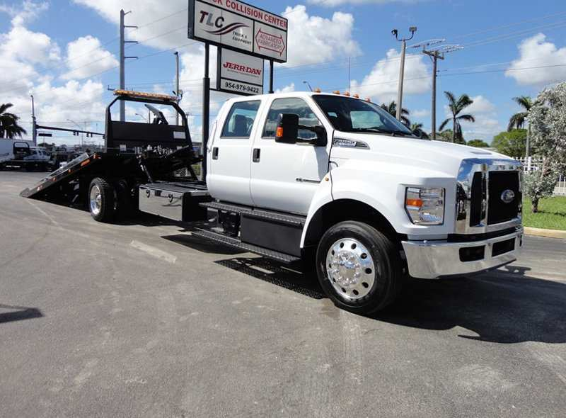 24 A 2019 Ford F650 Configurations