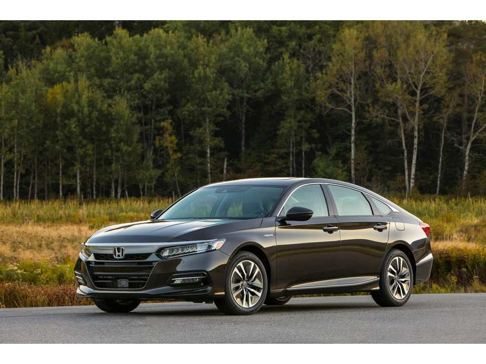 24 A 2019 Honda Accord Hybrid Performance And New Engine