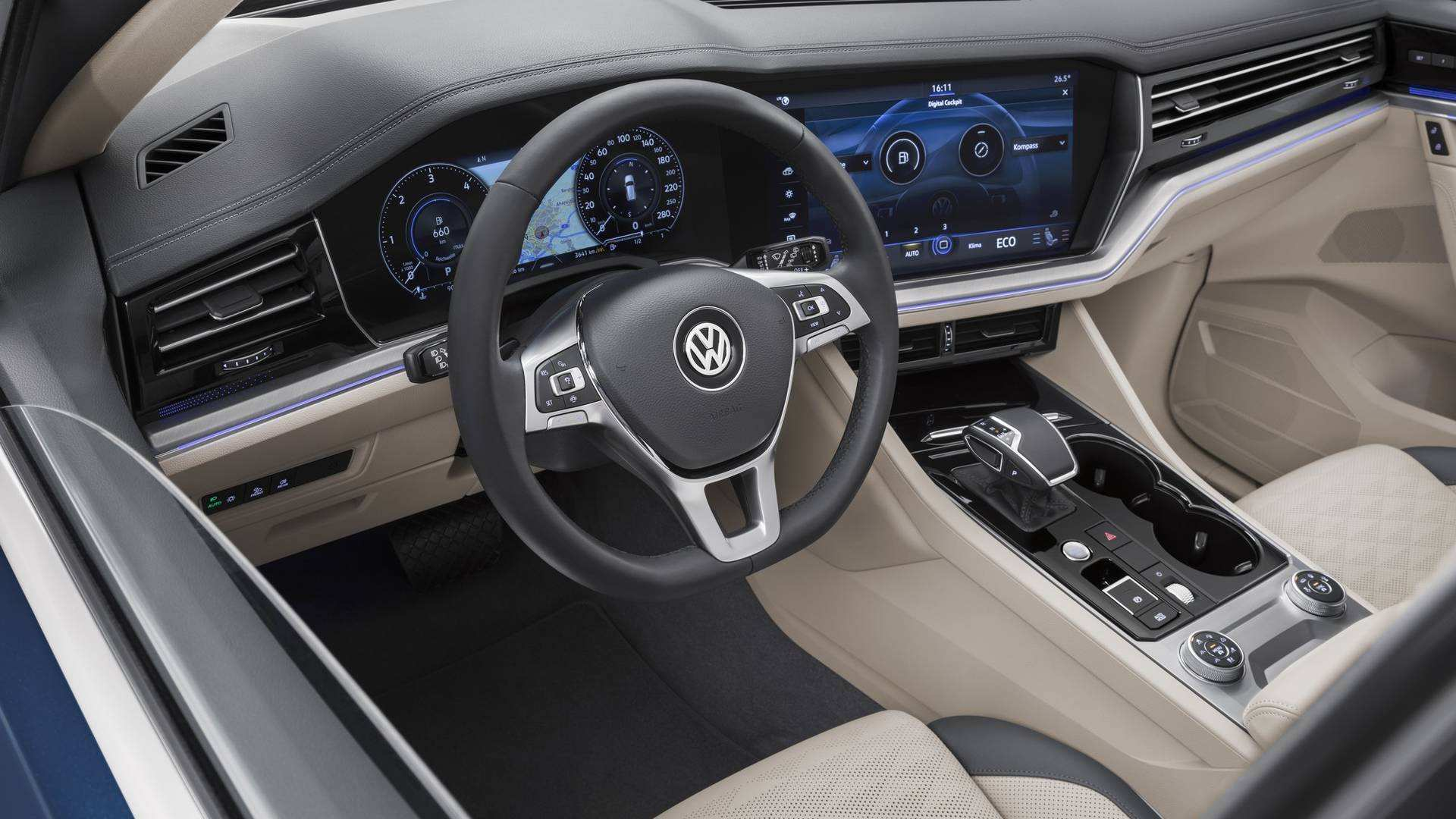 24 A Vw Touareg 2019 Interior Ratings