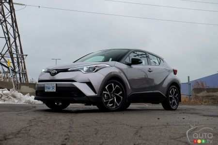 24 All New 2019 Toyota C Hr Compact Model