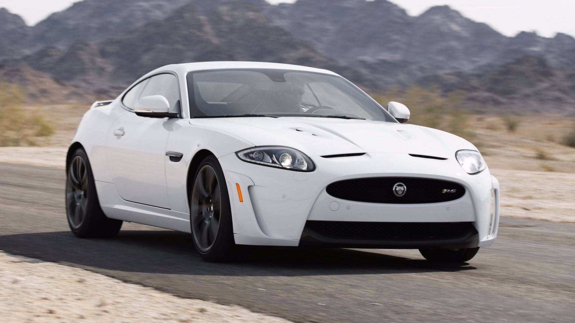 24 The 2019 Jaguar XK First Drive