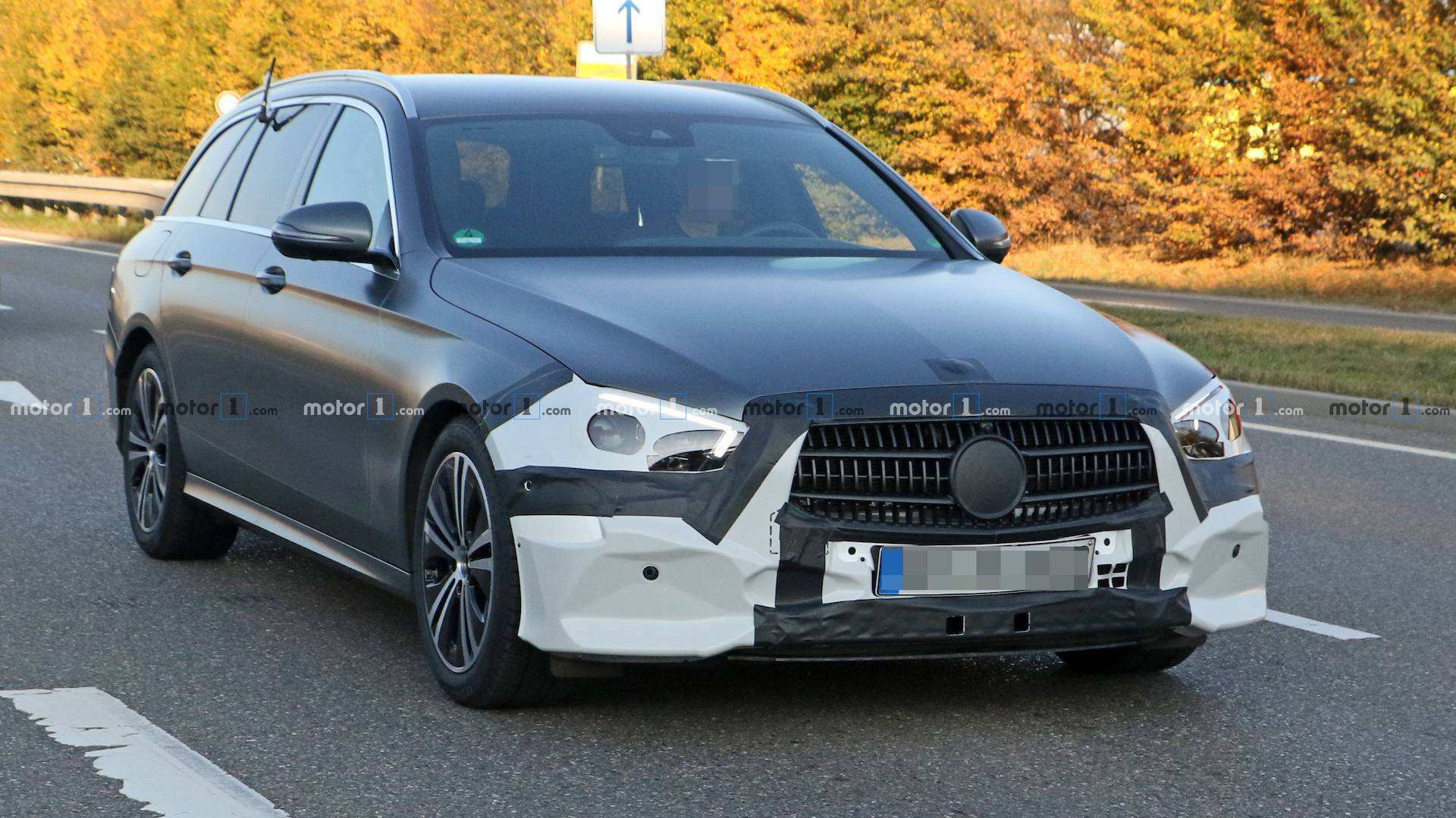 24 The 2019 The Spy Shots Mercedes E Class Picture
