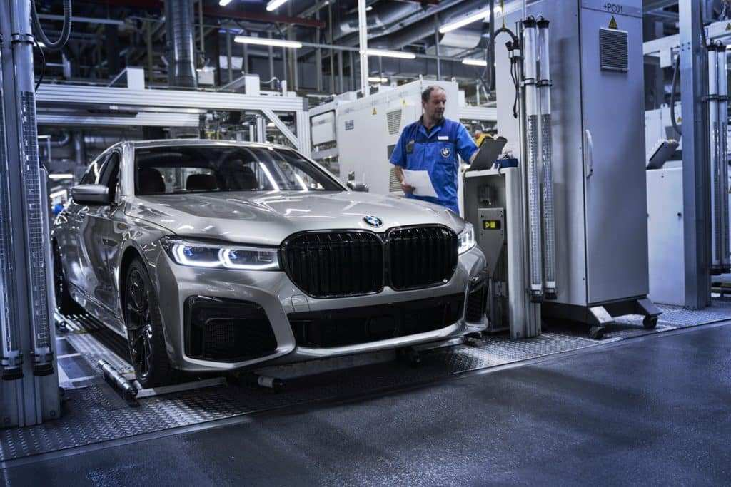 24 The 2020 BMW 7 Series Model