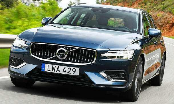 24 The Volvo V60 2019 Photos