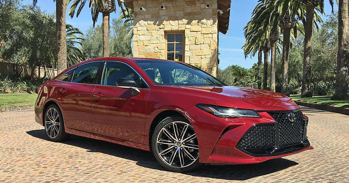 25 A 2019 Toyota Avalon Performance