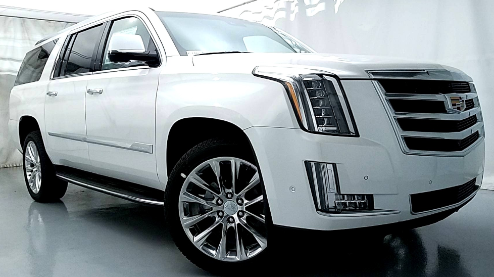 25 A 2020 Cadillac Escalade Platinum Overview