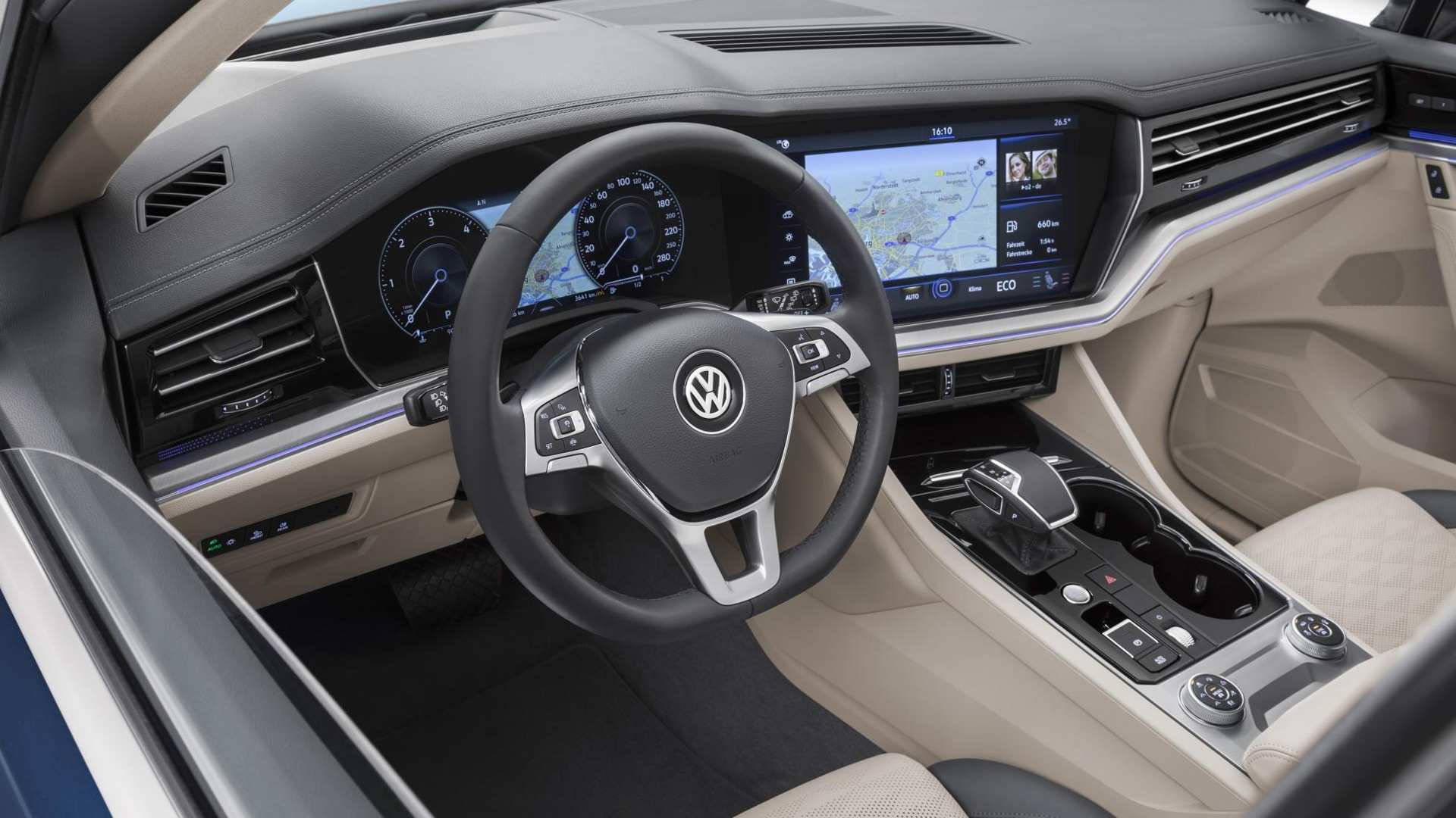 25 All New 2020 VW Touareg Photos