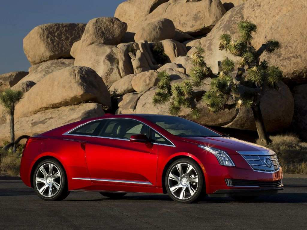 25 The 2020 Cadillac ELR S Review