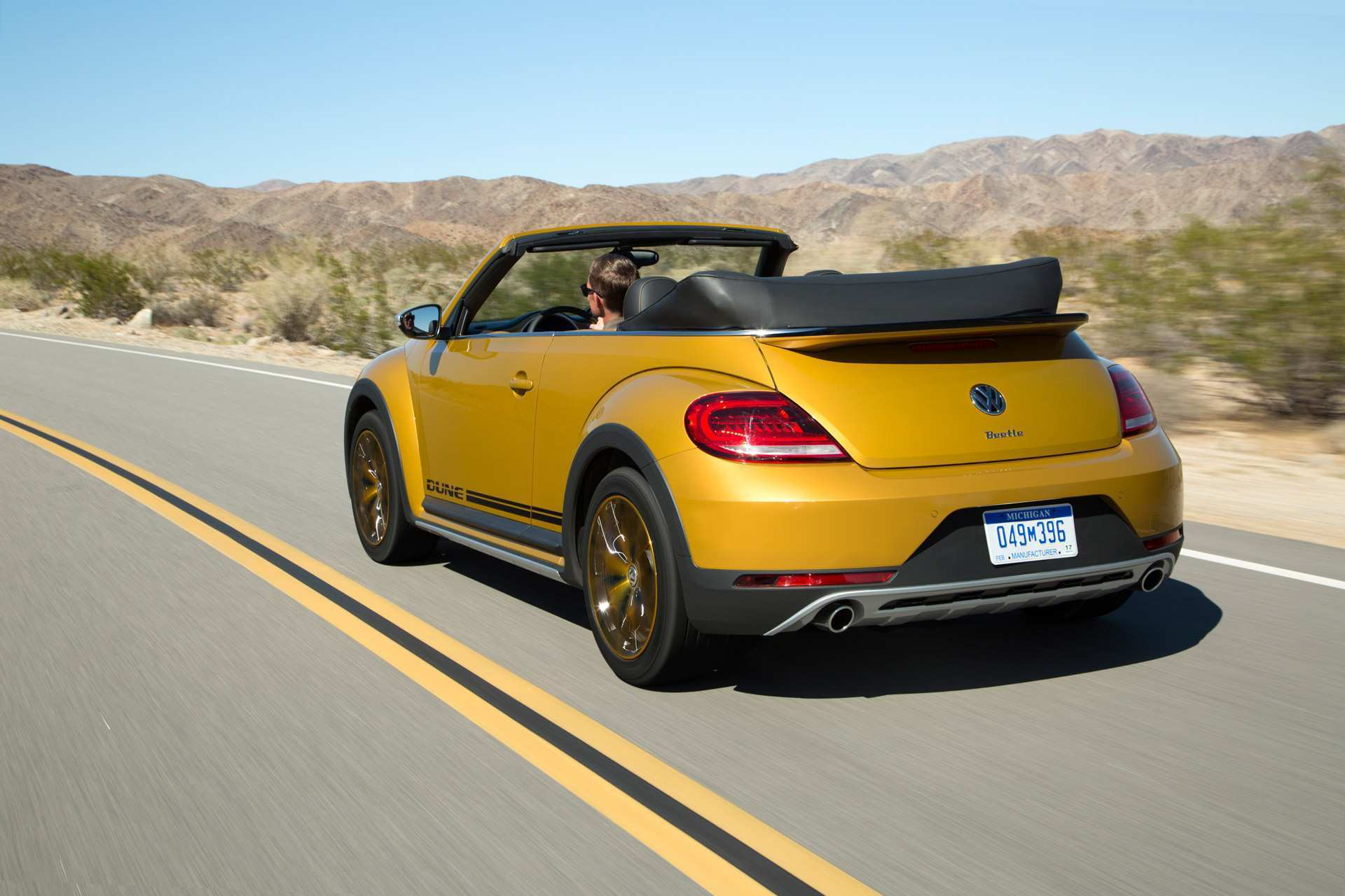 25 The Best 2020 Volkswagen Beetle Dune Performance