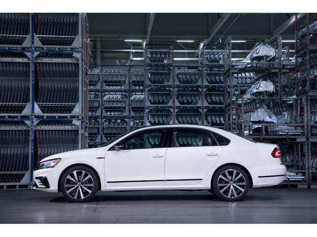 25 The Vw Passat Gt 2019 Price Design And Review