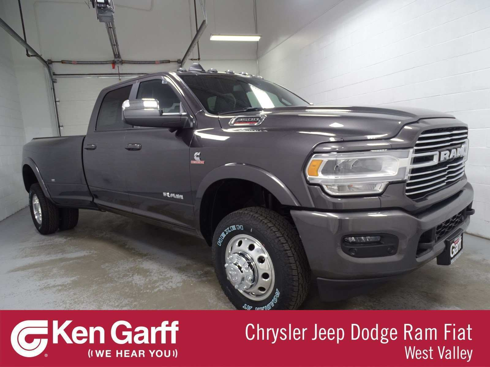 26 A 2019 Dodge Ram 3500 Pictures