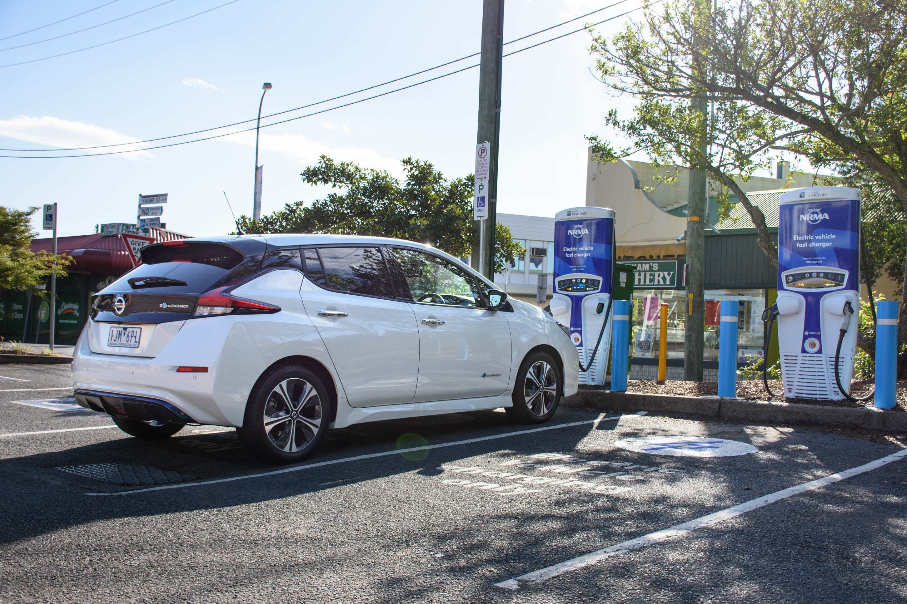 26 A 2019 Nissan Leaf Review History