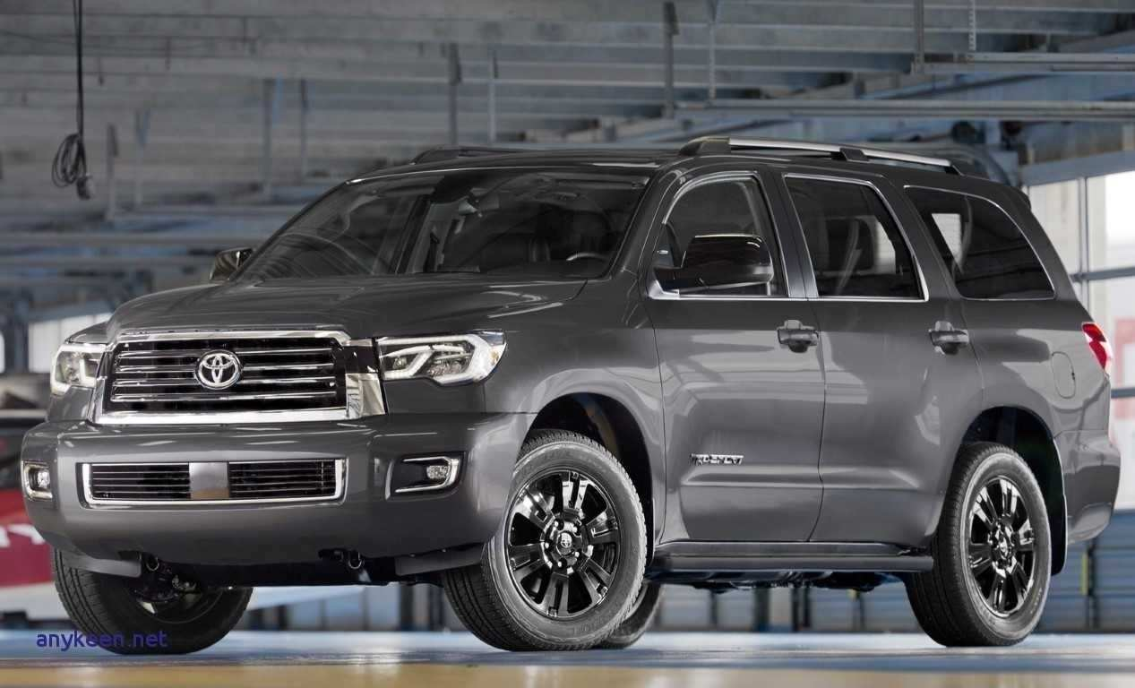26 A 2019 Toyota Land Cruiser Diesel Pictures