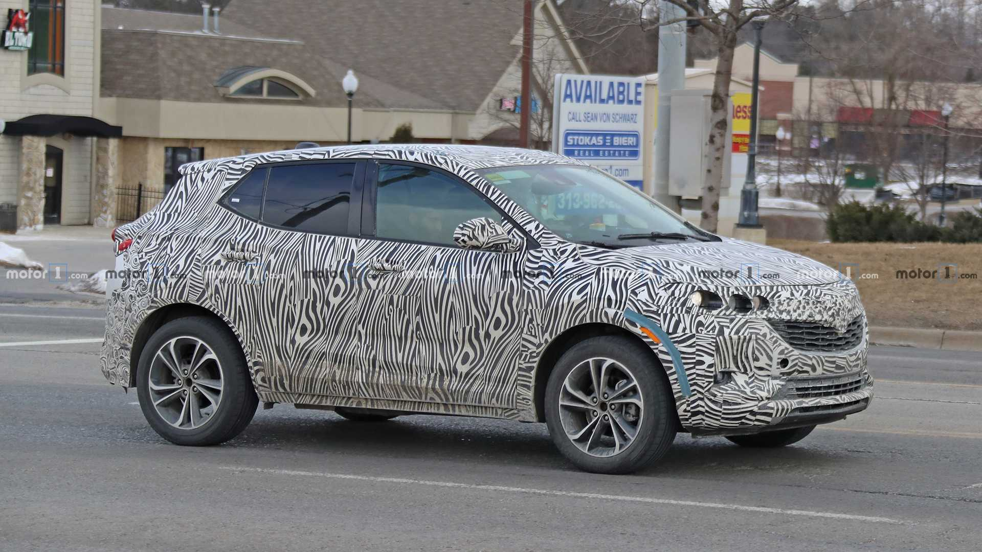 26 A 2020 Buick Enclave Spy Photos Release